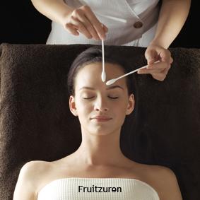 ALPHA VITAL Grote schoonmaak voor de huid, met fruitzurenpeeling tijdsduur 2 uur € 75,= AFSPRAAK MAKEN